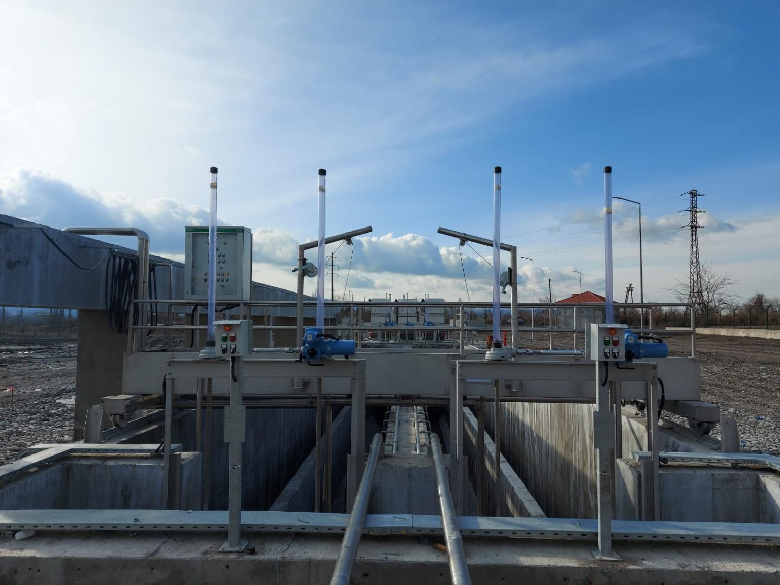 Siemens Sinamics G120X ile Azerbaycan da bulunan Atıksu Arıtma Tesisini başarıyla devreye alarak, Azersu tarafından kabulünü gerçekleştirdik.